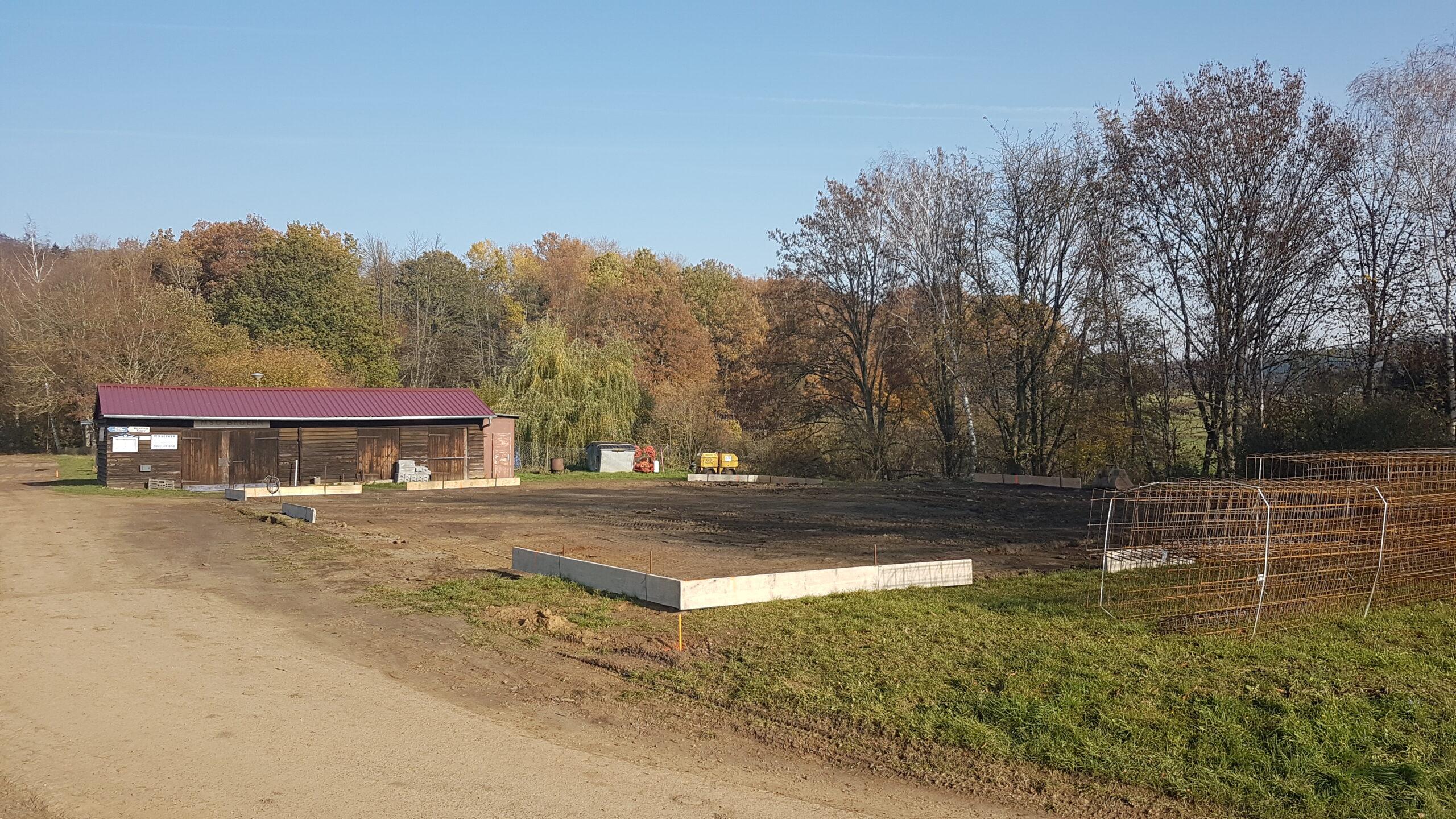 Schutt und Asche aus September 2018 gehören der Vergangenheit an. Baubeginn am Stirnberg seit der vergangenen Woche!